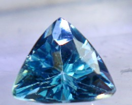 2.15 CTs Superb & Bueatiful blue topaz gemstone