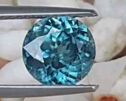 3.12cts, Blue Zircon,  Top Round Cut, Bright Blue