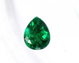 Quality Emerald - Direct from the mines in Colombia - Deep Vivid Green - EM