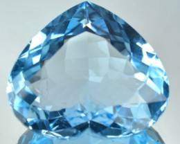Cute Heart 30 Cts Natural Blue Topaz Brazil Gem