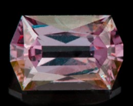 1.11 ct COLOR CHANGE GARNET - BRIGHT GREEN-BLUE TO SHARP PINK!