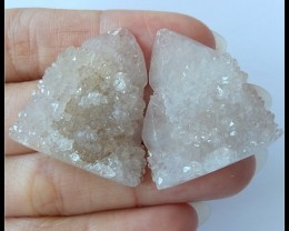 83.5Ct Natural Quartz Gemstone Rough Pair