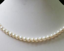 White semi Round 7 mm  Natural Pearl strand  GOGO789