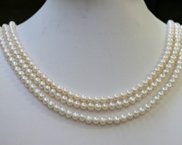 268.85 Three white side drill /round 6 mmNatural Pearl strands  GOGO966B