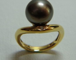 Tahitian Black 12mm Pearl 18k Yellow Gold & Diamond Ring