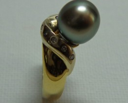 Tahitian Black Pearl 10mm 18k Yellow and White Gold and Diamond Ring