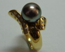 Tahitian Black Pearl 18k Yellow Gold & Diamond Ring