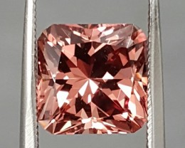 3.75CT RARE IMPERIAL GARNET - MASTER CUT - INCREDIBLE COLOR!