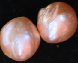 15.90 cts Pair   Ivory/Apricot Pearls  PPP 669