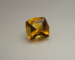 Fine Citrine - 6.5/cts - 12mm x 12mm x 8mm - Radiant Convex Cut - Eye Clean