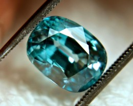 CERTIFIED - 6.20 Carat Flashy, Vibrant Blue VS Zircon - Superb