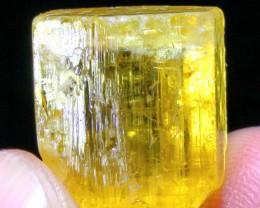 21.55 CT Natural helidor Crystal