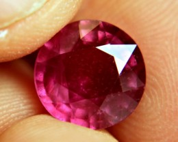 6.18 Carat Fiery Red Ruby - Superb