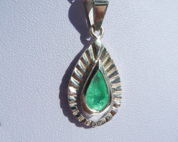 0.82 ct Colombian Emerald Pendant
