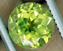 1 CTS PERIDOT BRIGHT GREEN PAIR (2 PCS)   CG-2191