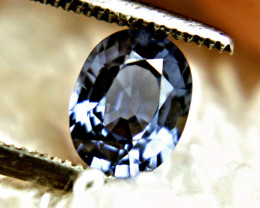 CERTIFIED - 1.22 Carat Blue Sapphire - Gorgeous