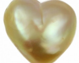 6.8 Cts Golden Love Heart Shape Natural Pearl  PPP902