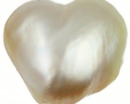 8.5 Cts Golden Love Heart Shape Natural Pearl  PPP910
