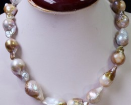 450 cts Golden baroque Pearl necklace  PPP 938