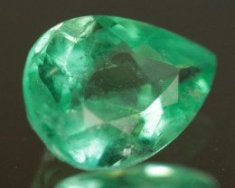 .987ct Panjshir Emerald Great Color!