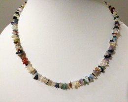 "20 g /17.5"" Mixed Gems Chip Beads Necklace"