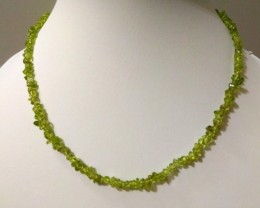 "16 g / 17.5"" PERIDOT Chip Beads Necklace"