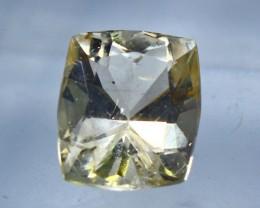 Wow3.45 CT Natural & Beautiful Golden Yellow Heliodor beryl gemston