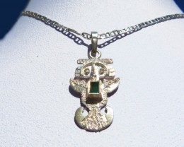 0.11 ct Emerald Pendant and Chain