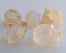 45.50ct TOPAZ CRYSTALS FROM PAKISTAN CLEAR TO LIGHT PEACH 5pcs