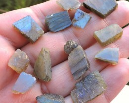 100.00ct LABRADORITE ROUGH FROM MADAGASCAR 14pcs