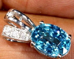 9.25 CTS 18K WHITE GOLD BLUE ZIRCON PENDAT SG-2386