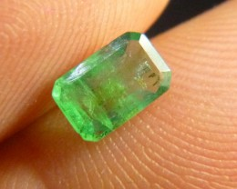 0.70cts Colombian Emerald , 100% Natural Gemstone