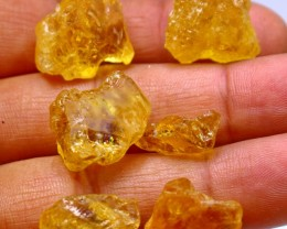 105.45 Ct Natural - Unheated citrine rough lot