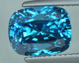 8.60 Cts Attractive Deep Royal Blue Natural Cambodian Blue Zircon
