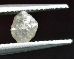 0.94ct 5.2mm silver white diamond crystal 5.2 by 5 by 4mm approx untreated
