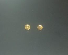 2 x 0.03 Yellow Diamonds SI