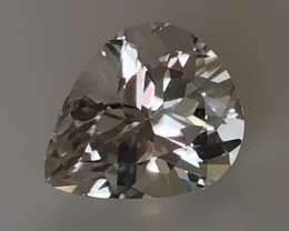 5.50CT GLITTERING WHITE TOPAZ - GORGEOUS SPARKLE no reserve