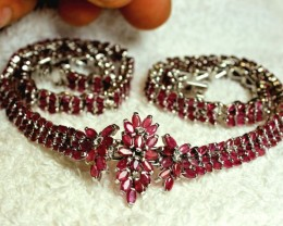 274.5 Tcw. Genuine Ruby Necklace - Superb