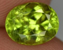 1.80 Crt Natural amazing Peridot Gemstone From Pakistan
