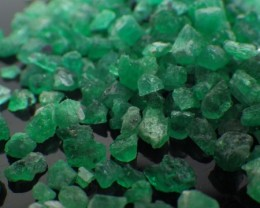82 ct 441 Rough Colombian Emerald from Chivor Mine *Not Yet Treated*