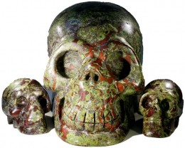 9115.00 set 3 Family  Blood Jasper skulls PPP 1112