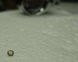 0.03 ct diamond M I2