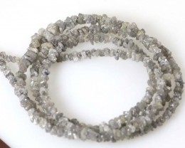 METALLIC SILVER GREY ROUGH DIAMOND STRAND   19.30CTS SD-184