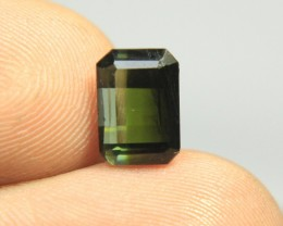 Very beautiful cut bi color tourmaline for a ring Collector's Gem