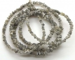 METALLIC SILVER GREY ROUGH DIAMOND STRAND  17 CTS SD-192