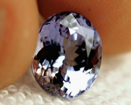 CERTIFIED - 4.58 Carat Lilac / Blue African IF/VVS1 Tanzanite - Gorgeous
