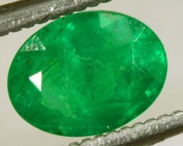 1.15CTS EMERALD FACETED GREEN STONE  PG-2058