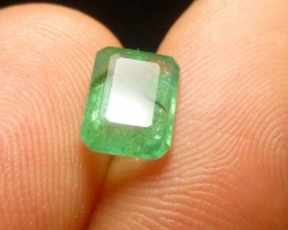 1.88cts Colombian Emerald , 100% Natural Gemstone