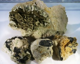 440g Tourmaline ,mica ,Shist specimen  PPP53