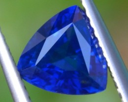 1.60cts Ceylon Sapphire, Velvet Blue, VVS1, Heat Only, Calibrated